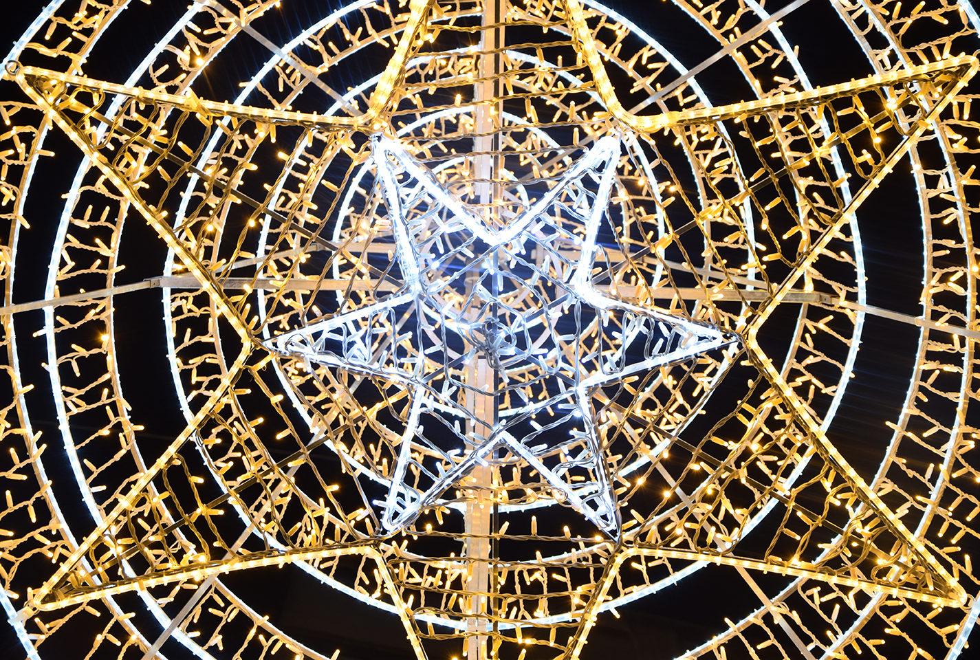 16 Elecfes Iluminaciones Navidad
