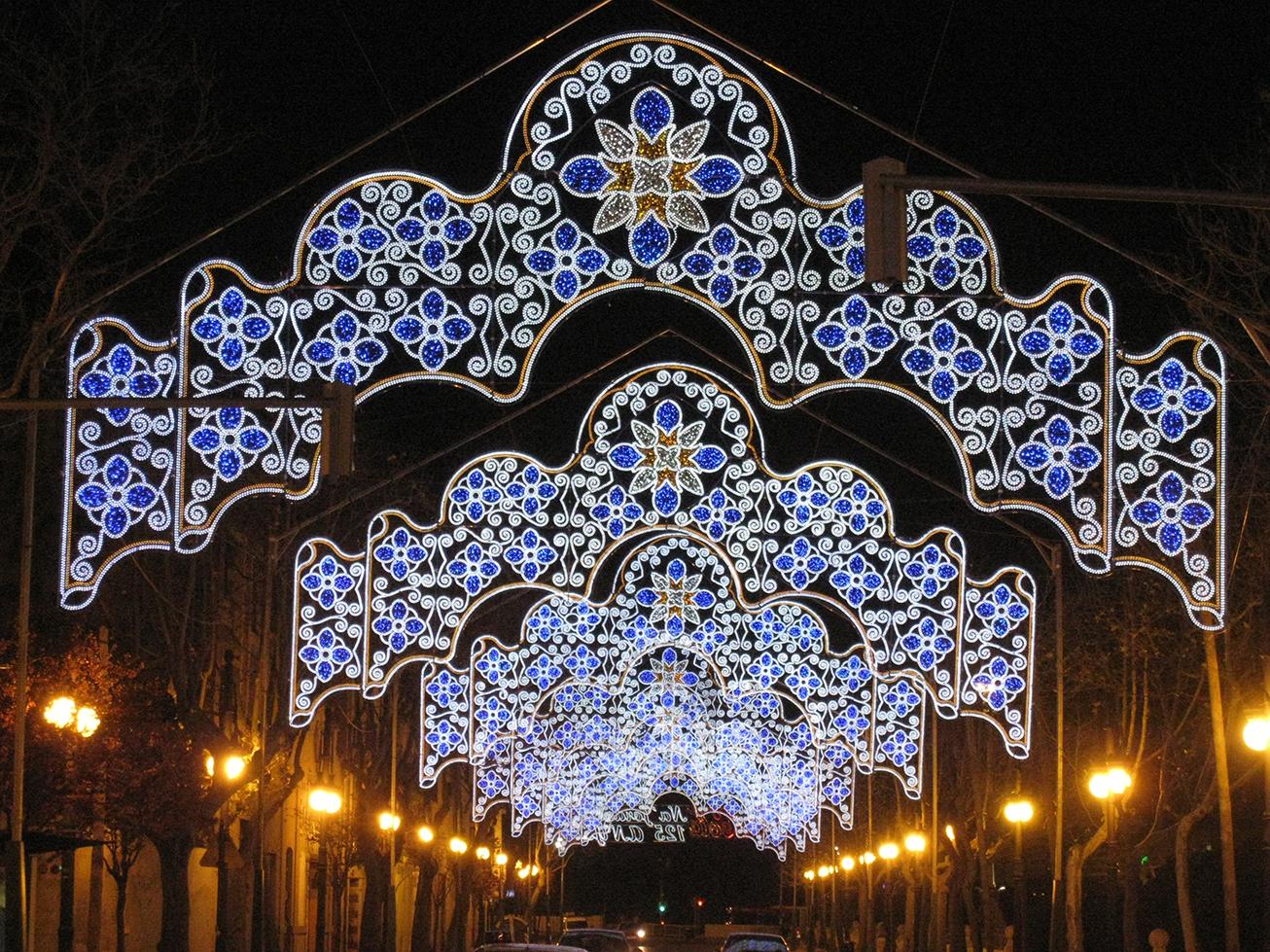 4 Elecfes Iluminaciones Pórticos y Galerías