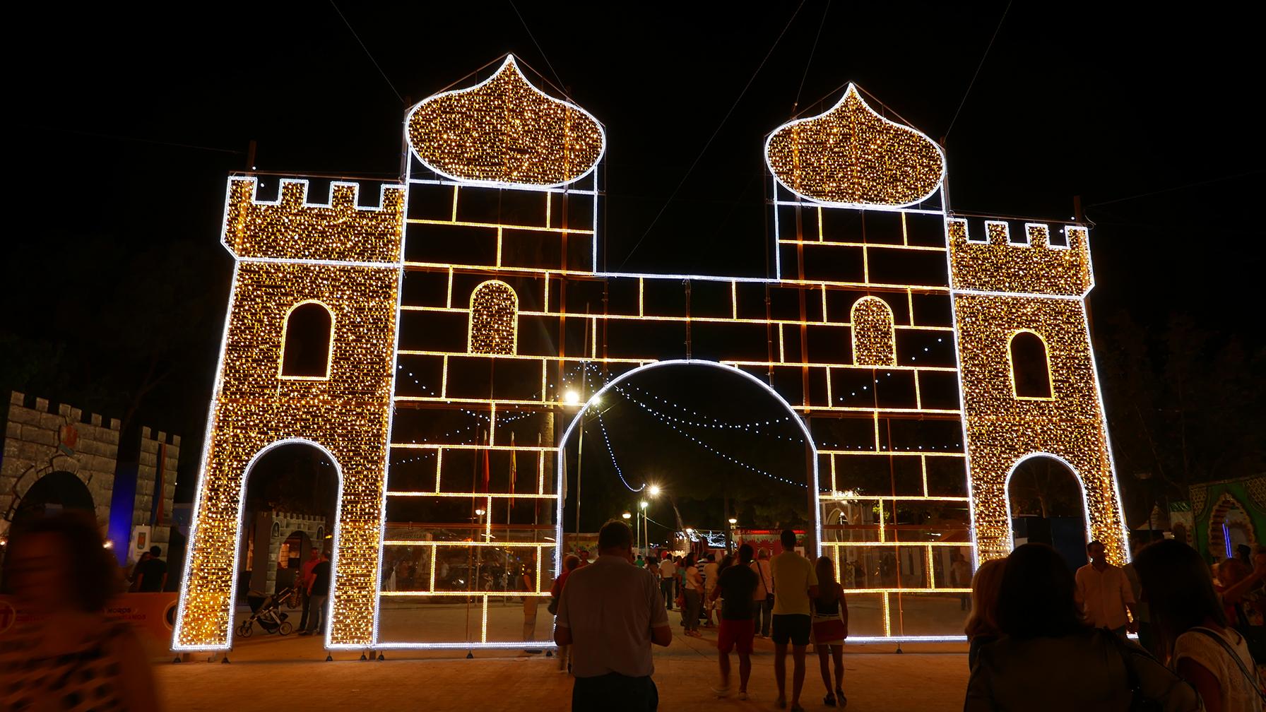 1 Elecfes Iluminaciones Moros y Cristianos